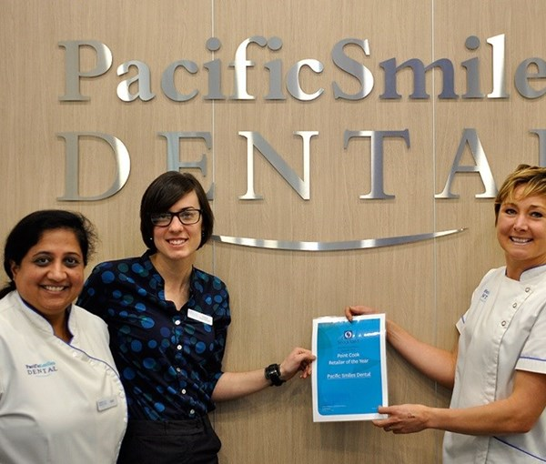 Pacific Smiles Dental, Point Cook named Retailer of the Year! IMAGE
